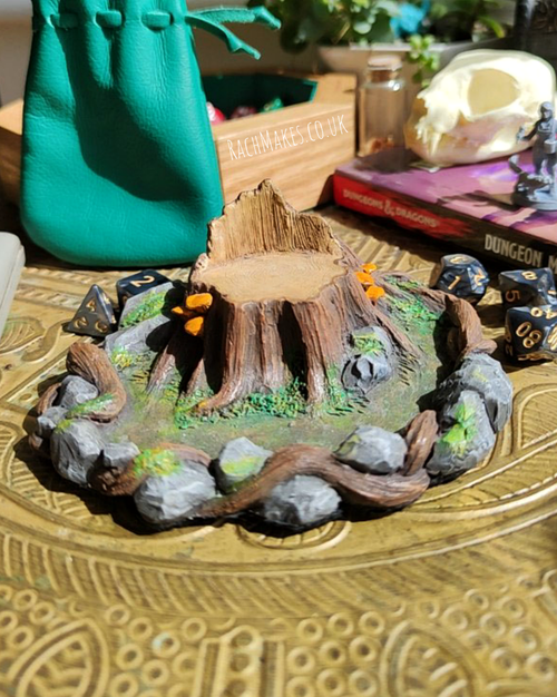 Image of Woodland throne dice display base.