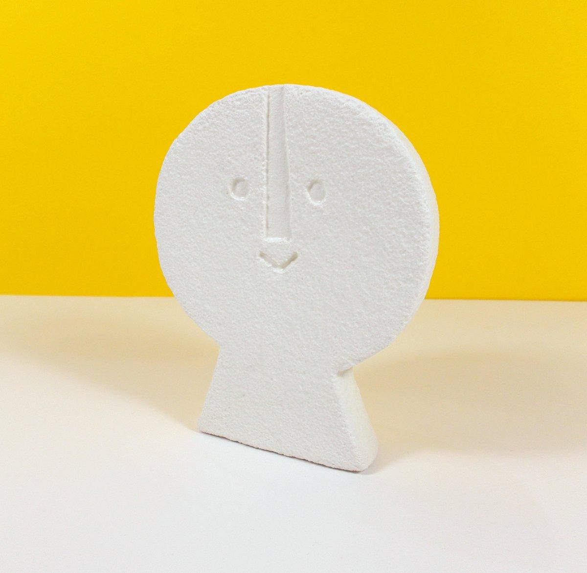 Image of Medium Head - Flat Front - MH05