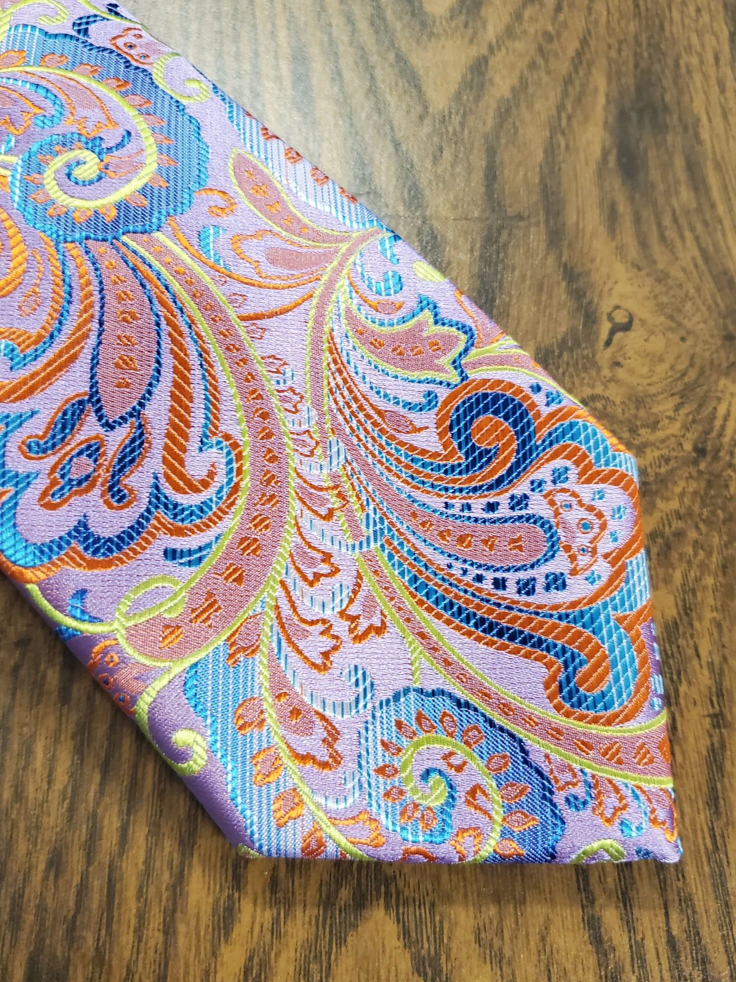 Image of TAINTED PAISLEY NECKTIE