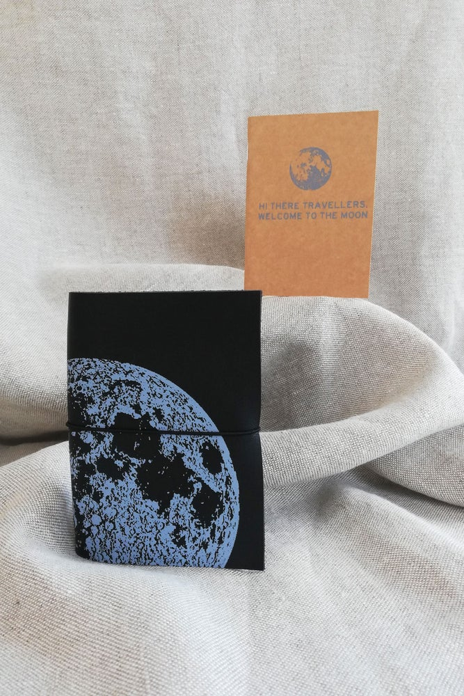 Image of SECOND SKIN - moon - pasaporte -notebook
