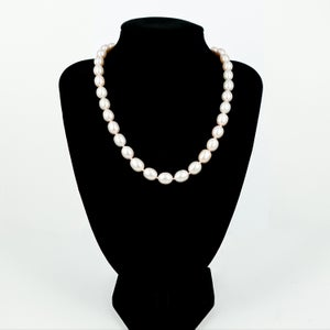 Image of White/peach freshwater pearl necklace cp1132