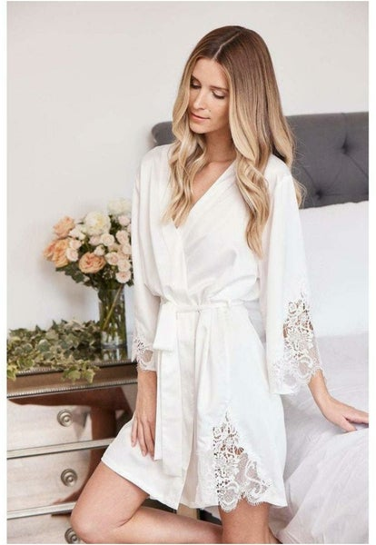Image of Silky lace Robe style A