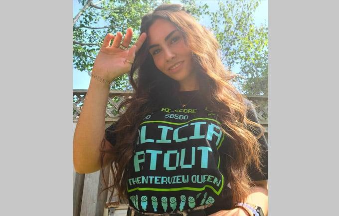 Image of Retro Alicia Atout Shirt
