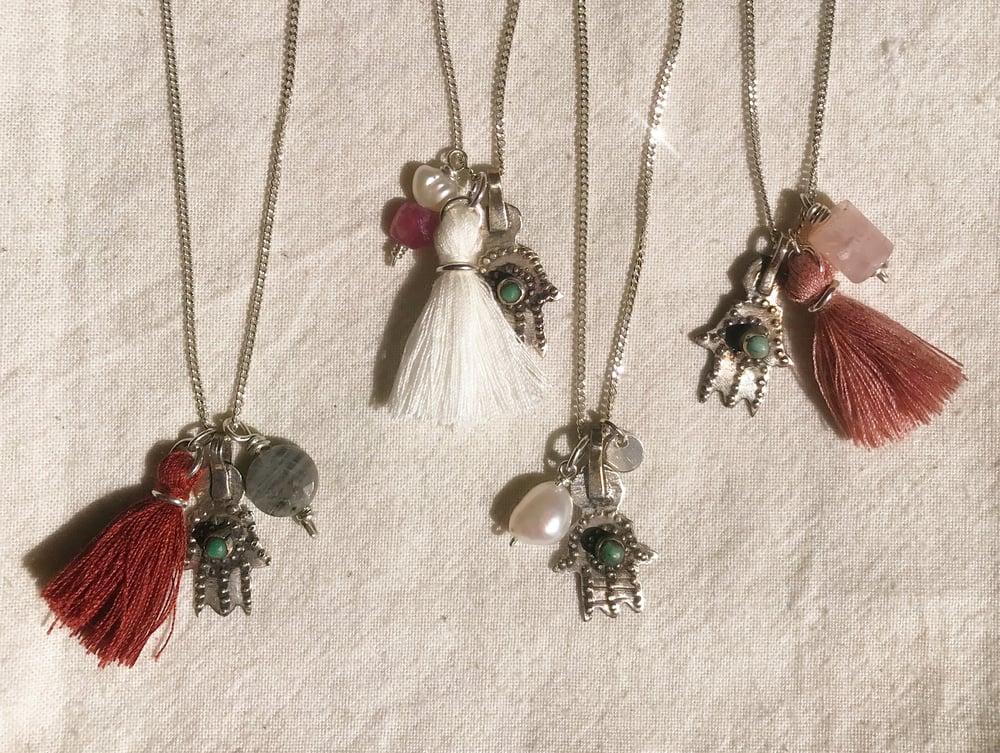 Image of Les 4 colliers protecteurs - pièces uniques