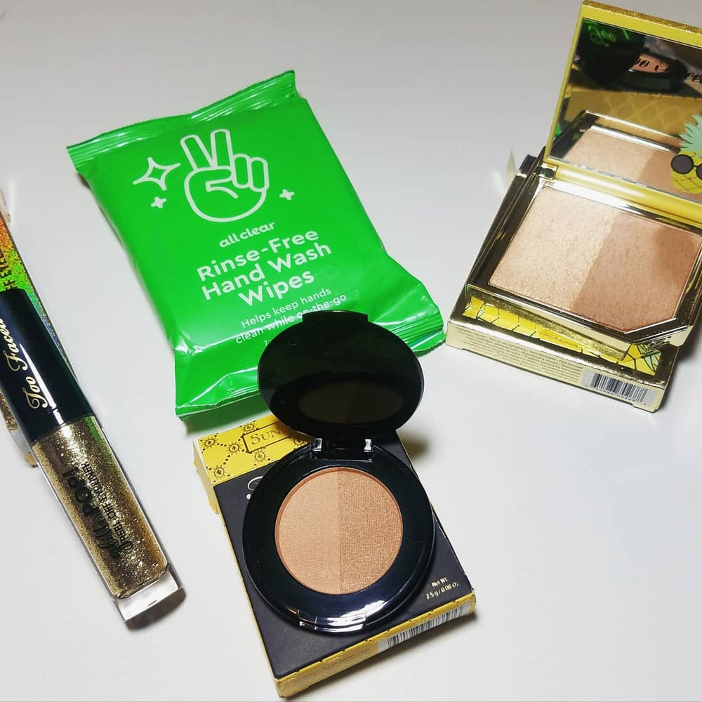 Two Faced Sunny Bunny & Lucky B*%#h Highlighter Bundle