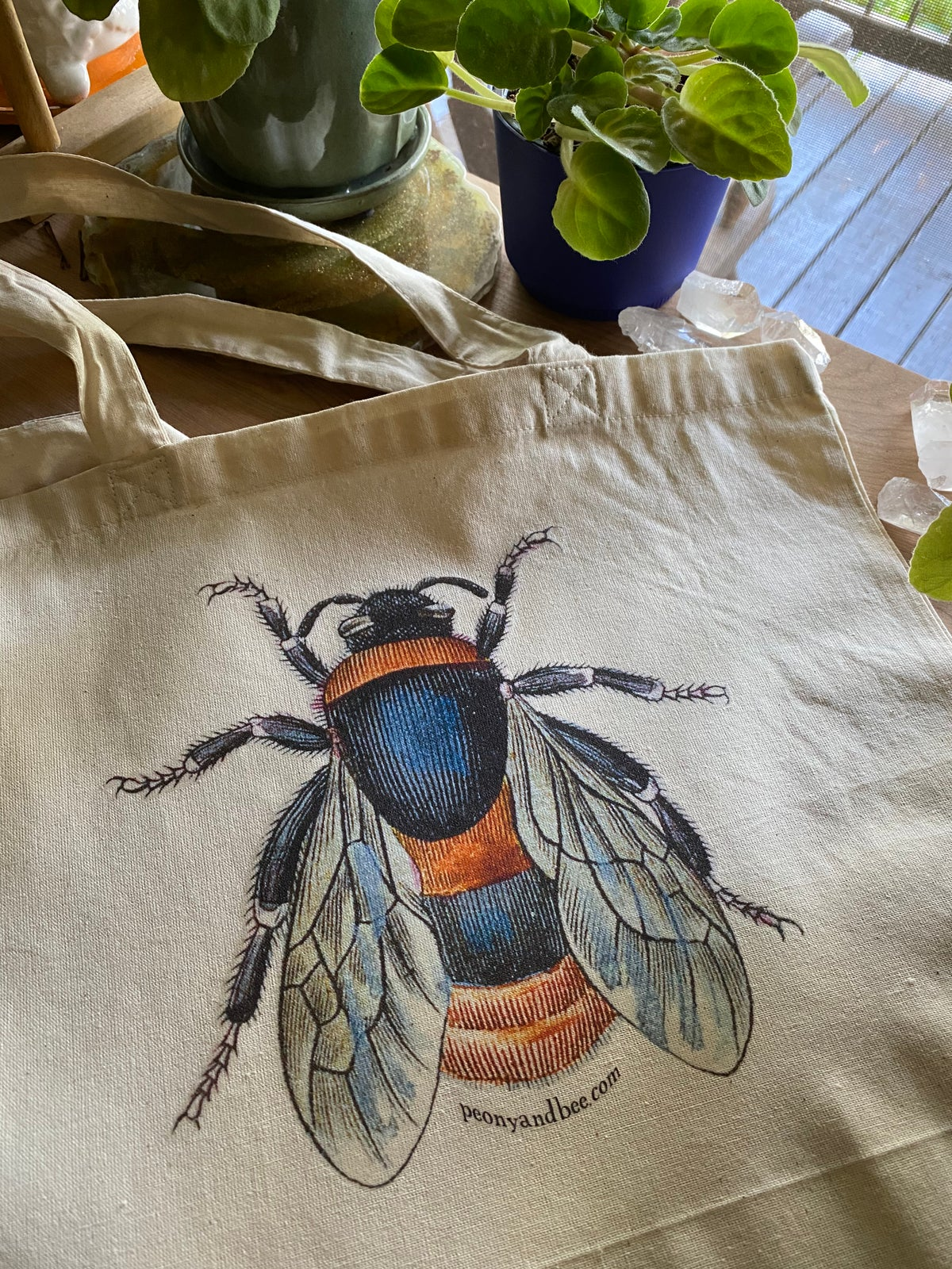 Image of Lightweight Canvas Tote - Bee