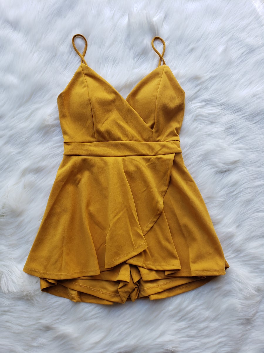 Image of Dreaming of a Vacay Romper (Mango yellow /R. Blue))