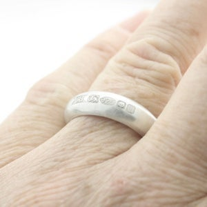 Image of Extra wide feature hallmark ring (brushed)