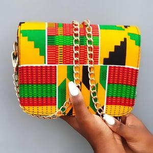 Image of NAIROBI KENTE PRINT HANDBAG