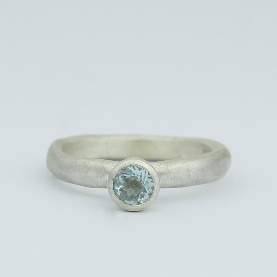 Image of aquamarine ring