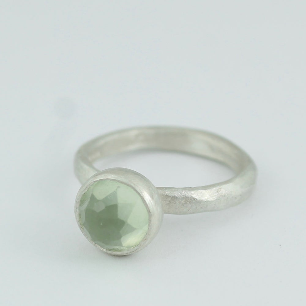 Image of Prehnite ring