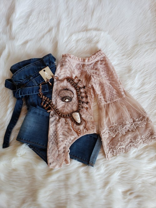 Image of Sweetheart Lace Bodysuit (nude)