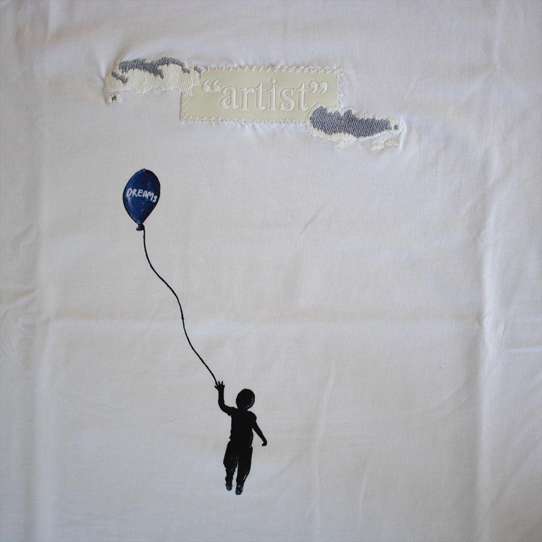 "Image of ""artist"" BOXLOGO DREAM TEE - UV REACTIVE & glow in the dark"