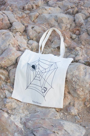 """Image of """"Spider eats Books"""" Tote bag"""