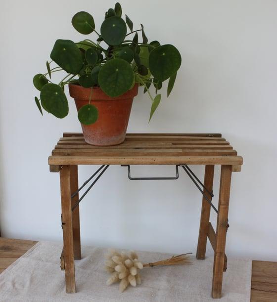 Image of Siège pliant ancien en bois.