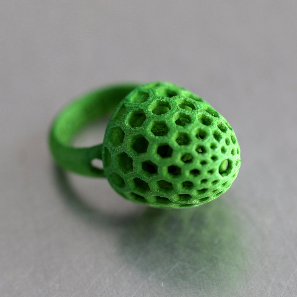 Image of 3D printed ring BEHAVE green