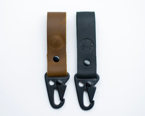Image of Tacticool Hanging Stoned Oil Leather HK Belt Clip Keychain Key Holder