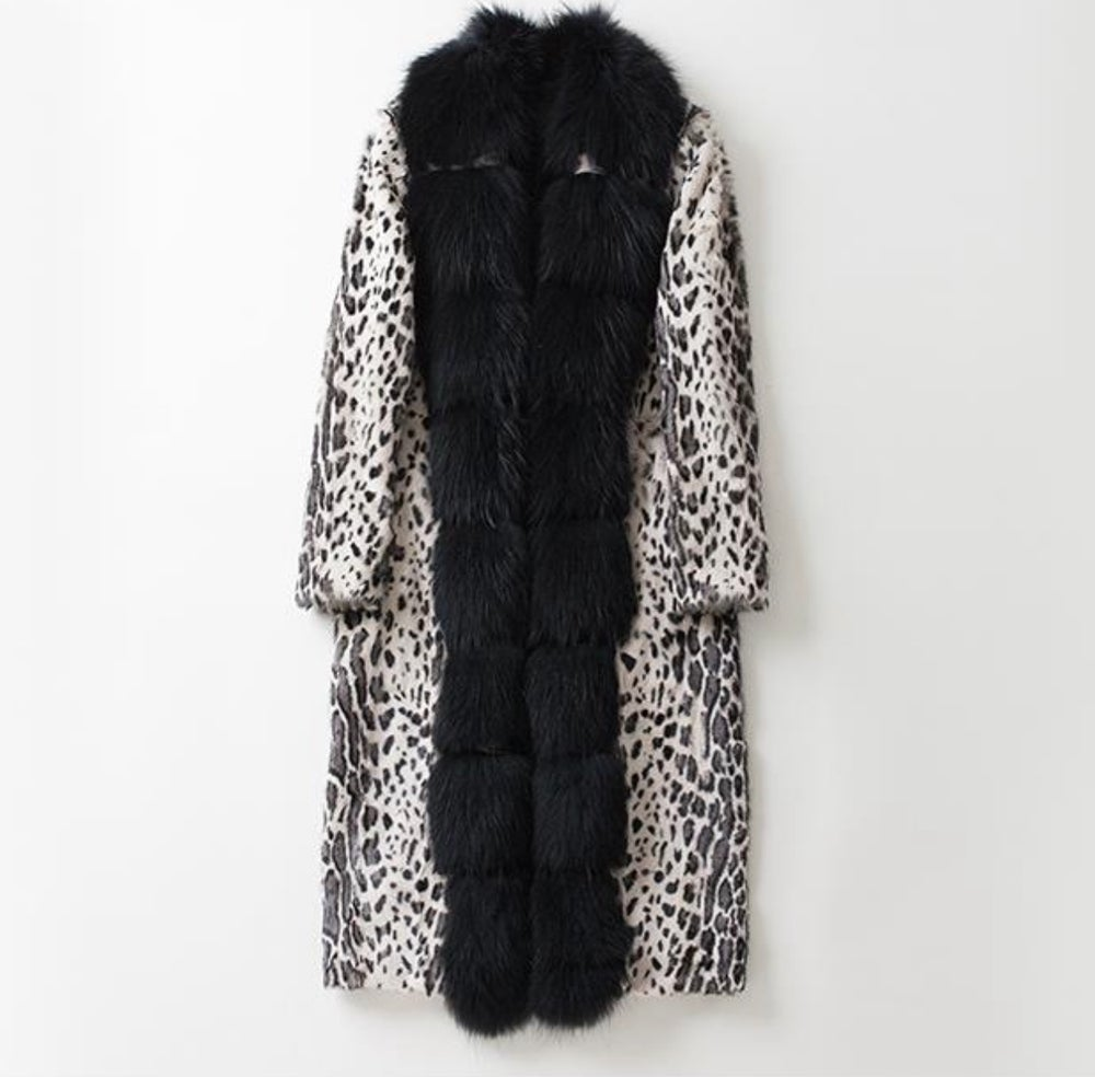 Image of UNISEX CALF HAIR X RACCOON TRENCH