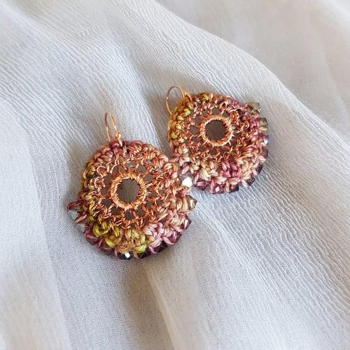 Image of BEDOUIN Earrings - Dried rose-petal