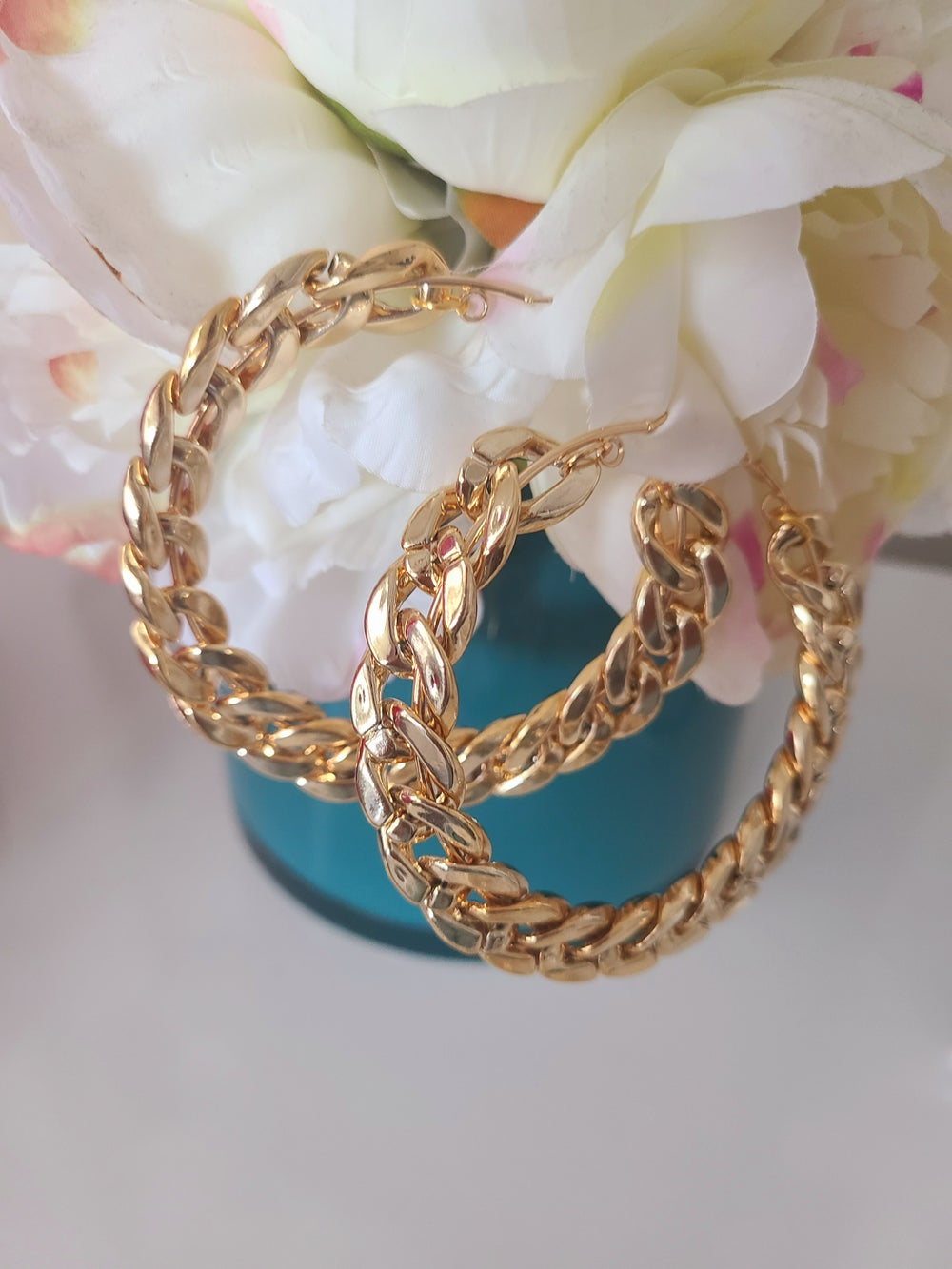 Chain Hoops (Various Sizes Gold or Silver Tone)