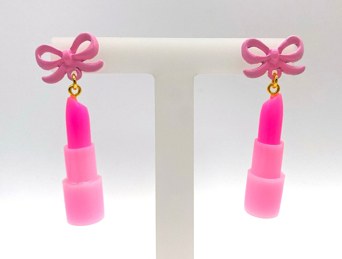 Image of Lippy Statement earrings