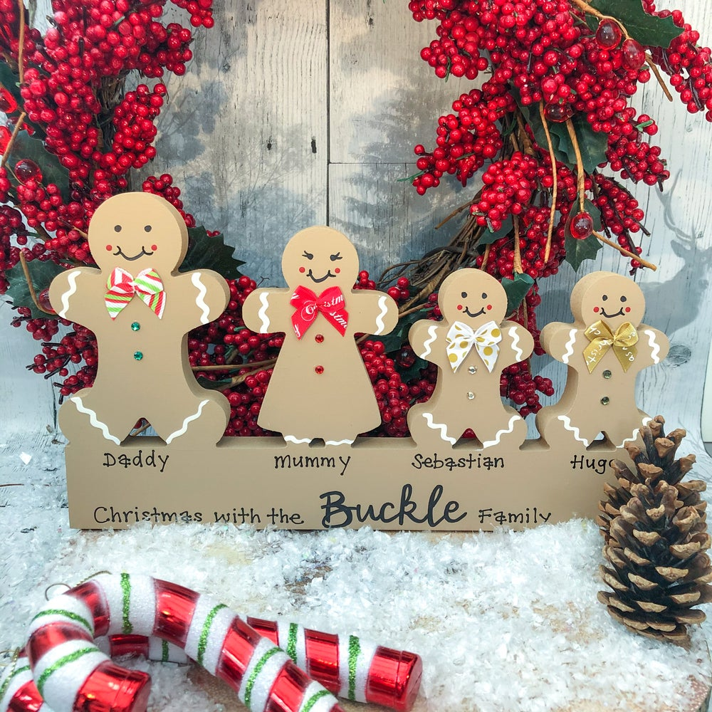 Image of Freestanding Gingerbread Family