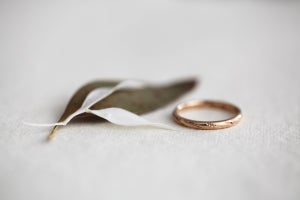 Image of 18ct rose gold 2mm Barleycorn ring