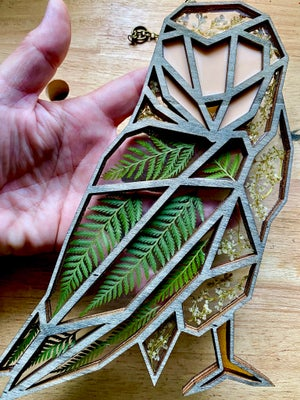 Image of Cedar and Silver Lace Vine Owl Window Hanging