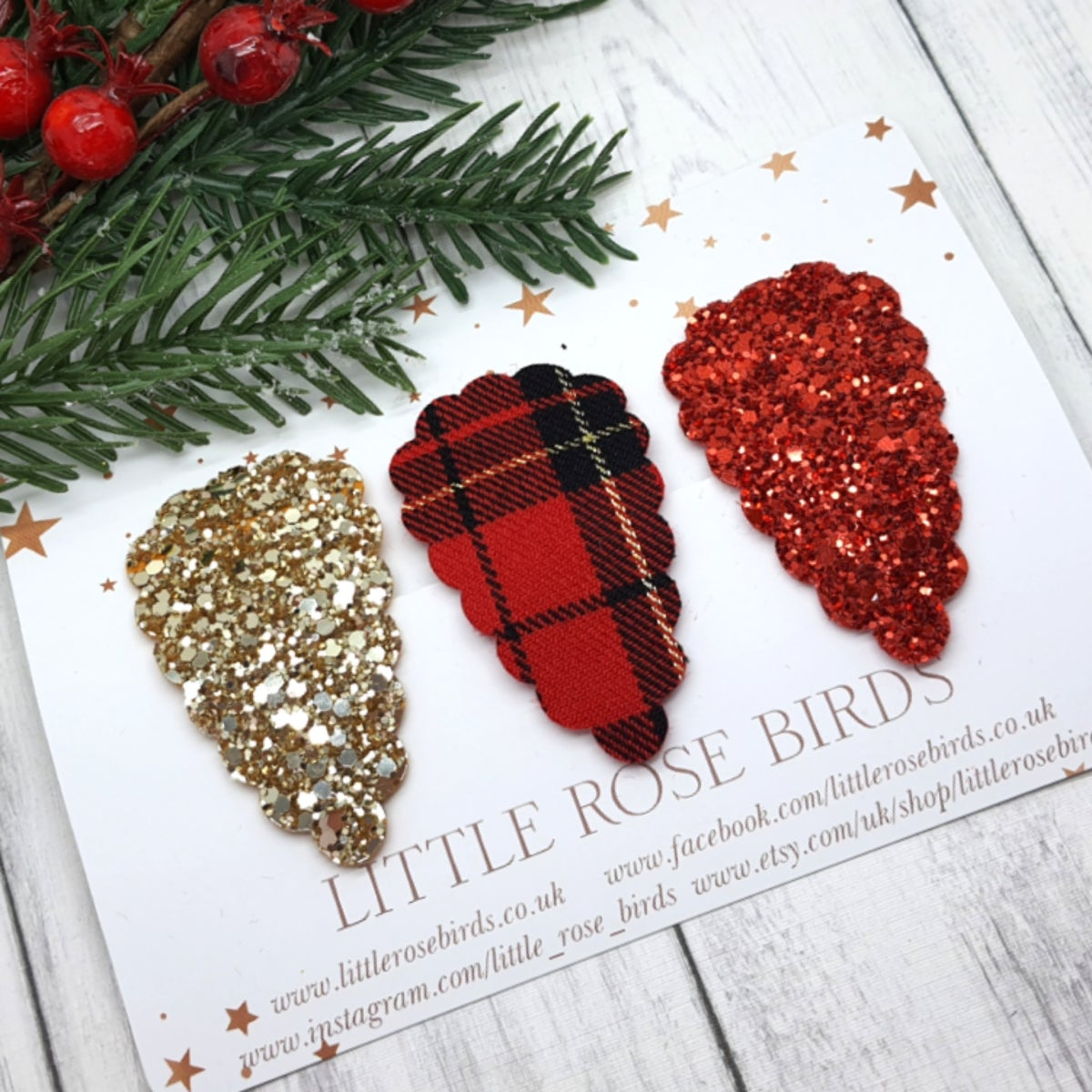 Image of Red Tartan & Gold Scallop Snap Clip Set