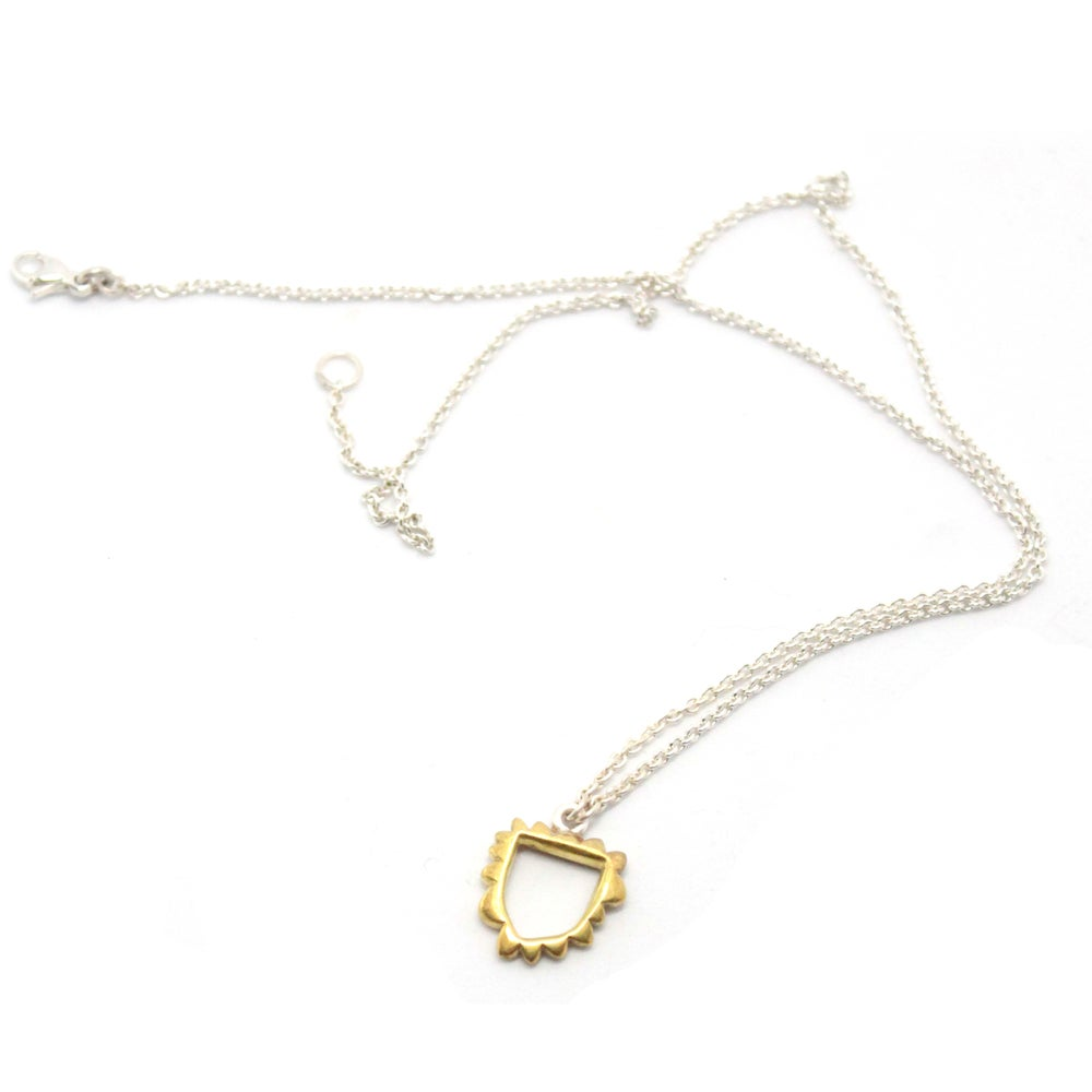 Image of PUFFY CREST NECKLACE
