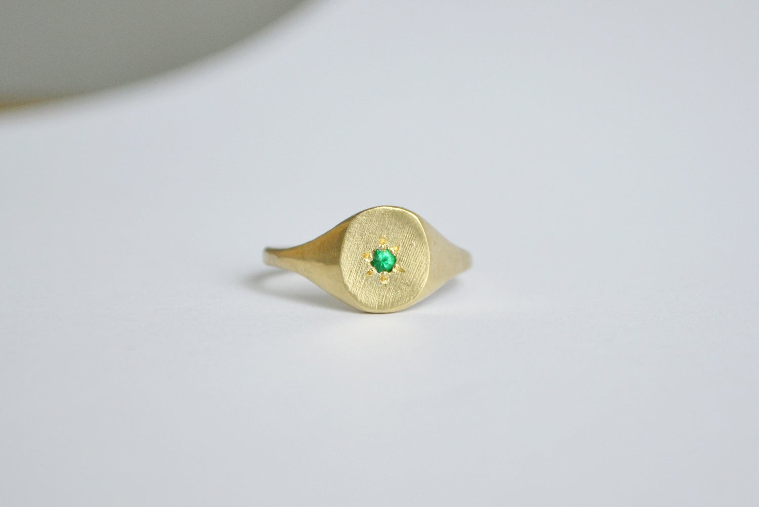 Image of Simple ring