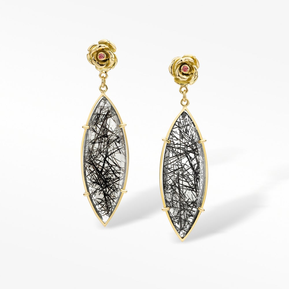 Image of 'Coup de cœur' earrings in yellow gold, rutilated quartz and diamonds - oorringen in geel goud