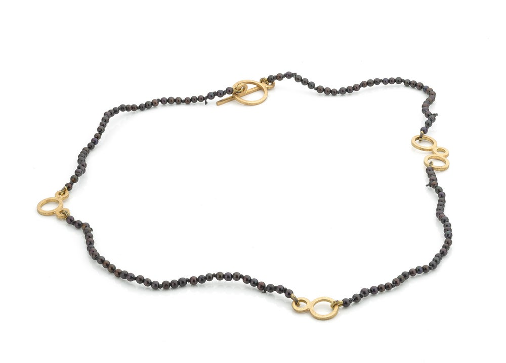 Image of 'Pearl' necklace in gold and caviarpearls - halsjuweel in goud en kaviaarparels