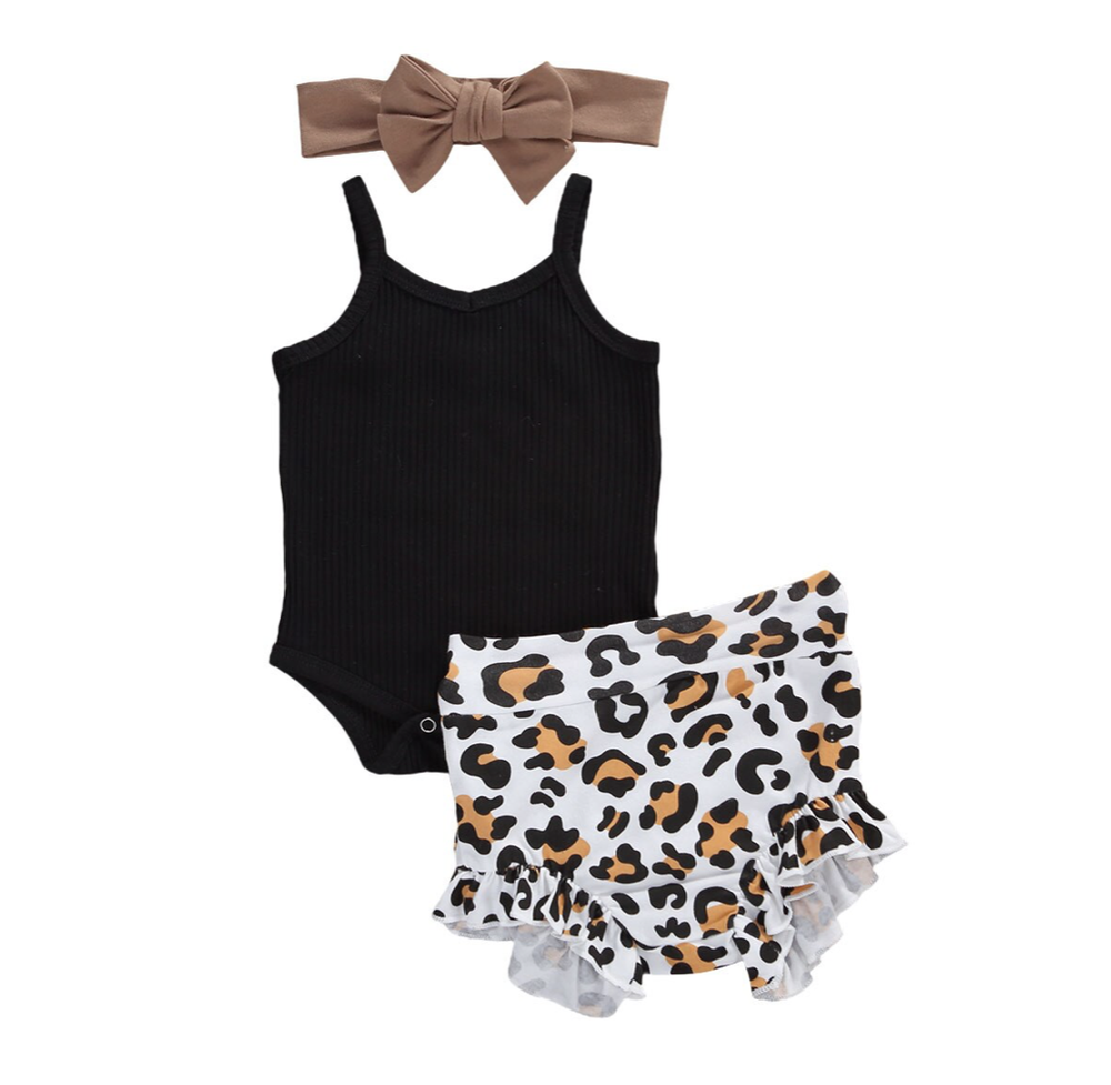 Roxy Leopard Outfit