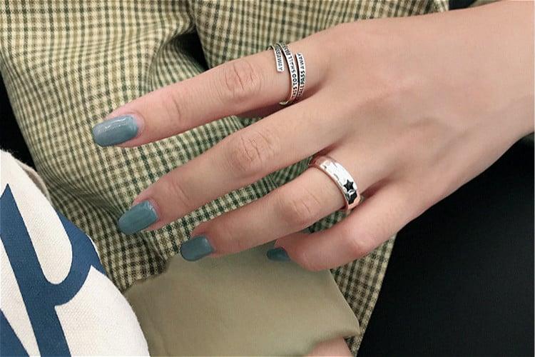 Resizable Blackstar Ring (925 Silver)