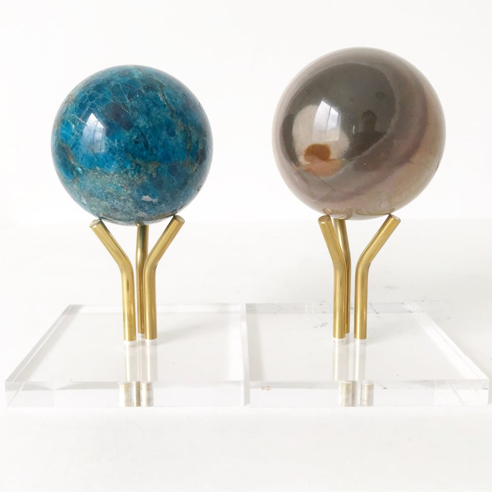 Image of Polished Apatite no.20 + Three Prong Lucite and Brass Stand