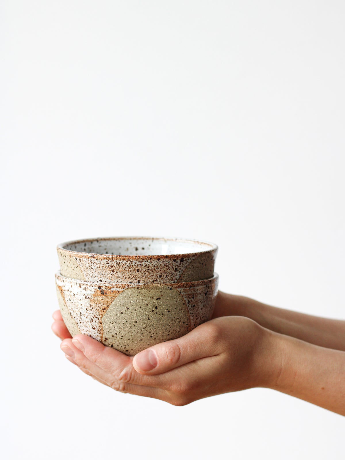 Image of bowl with drips