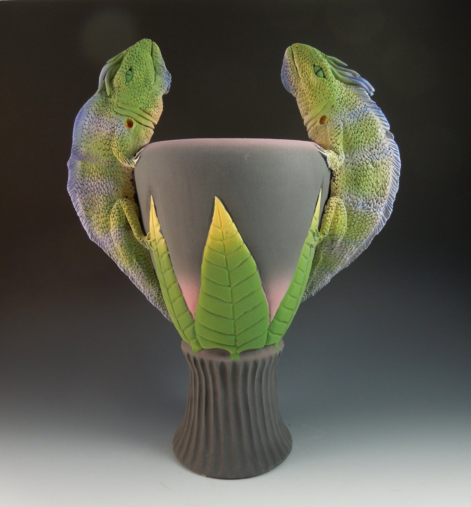 Image of Two Iguana Vase