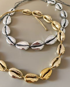 Image of SHELL JEWELS COLLANA CONCHIGLIE ORO E ARGENTO