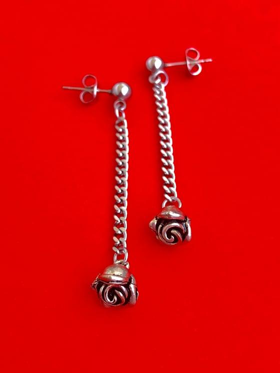 Image of ROSE CHAIN DROP EARRINGS