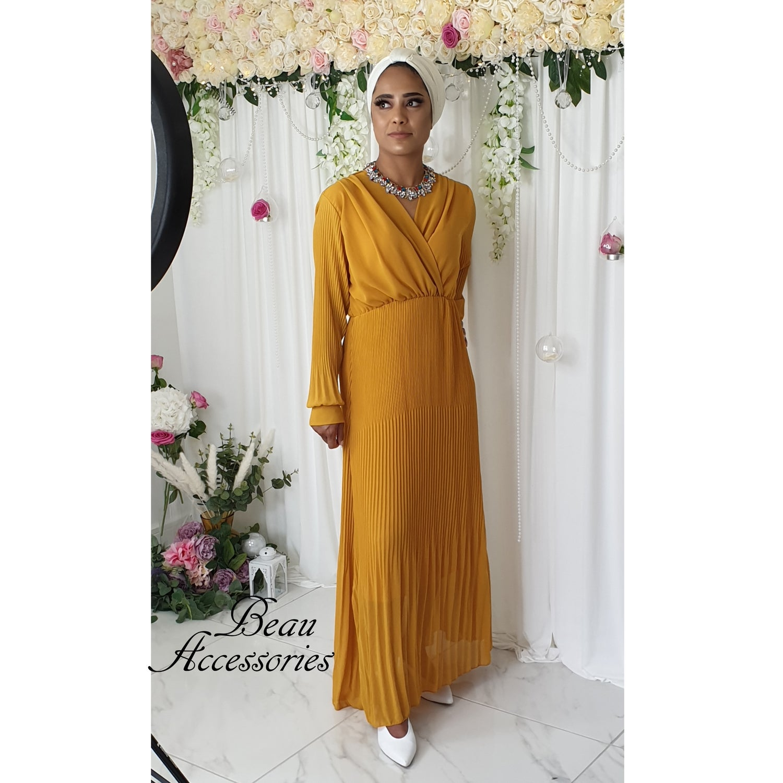 Image of Cuff Sleeve Pleated Maxi Dress