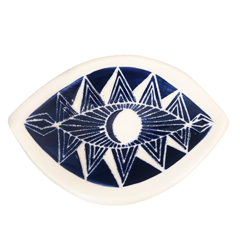 Image of Sgraffito Spirit Eye Dish
