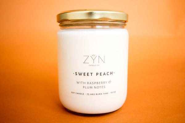 Image of Sweet Peach 16 oz Candle