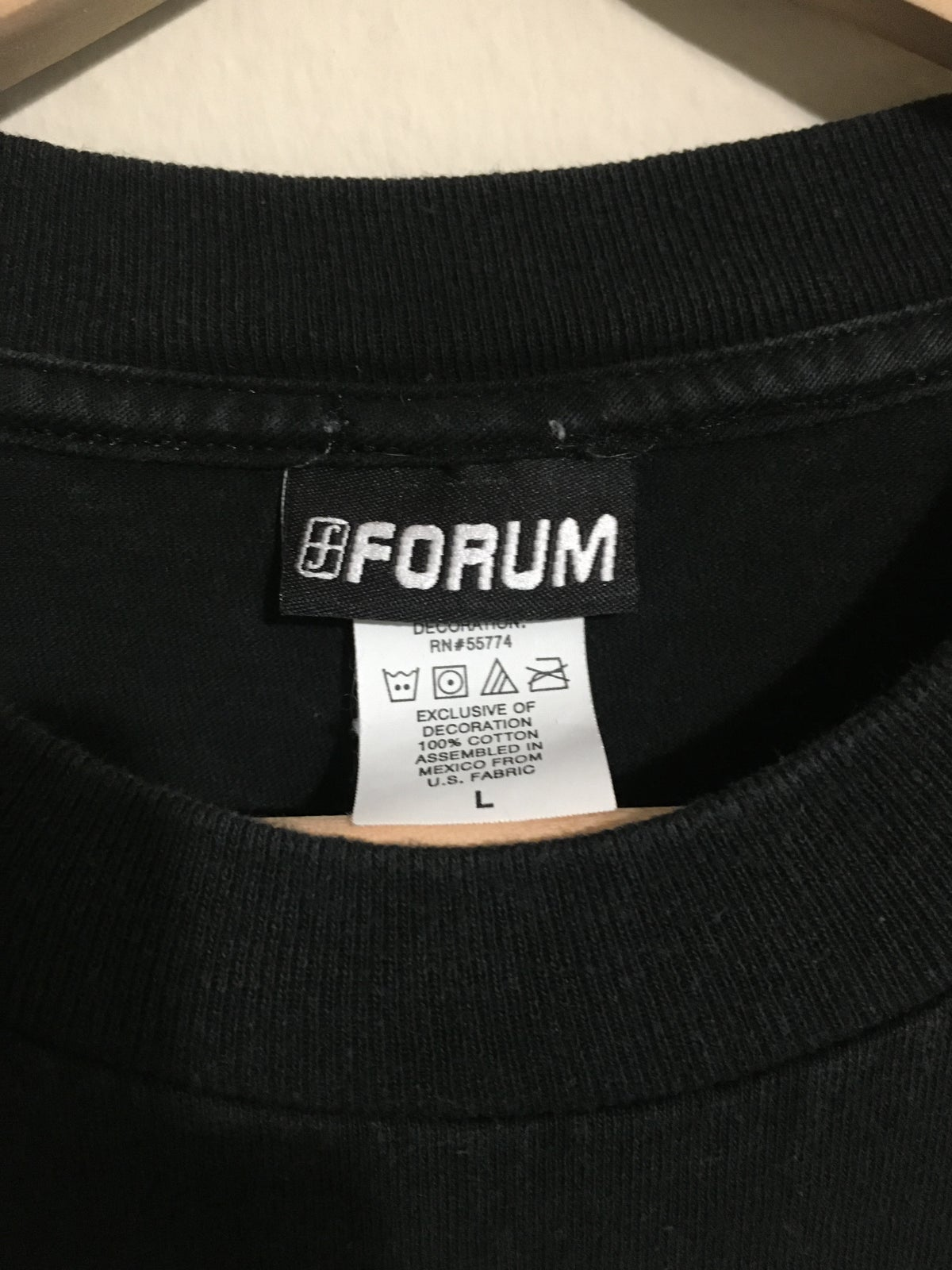 90's Forum Snowboards Multi Color Logo Tee