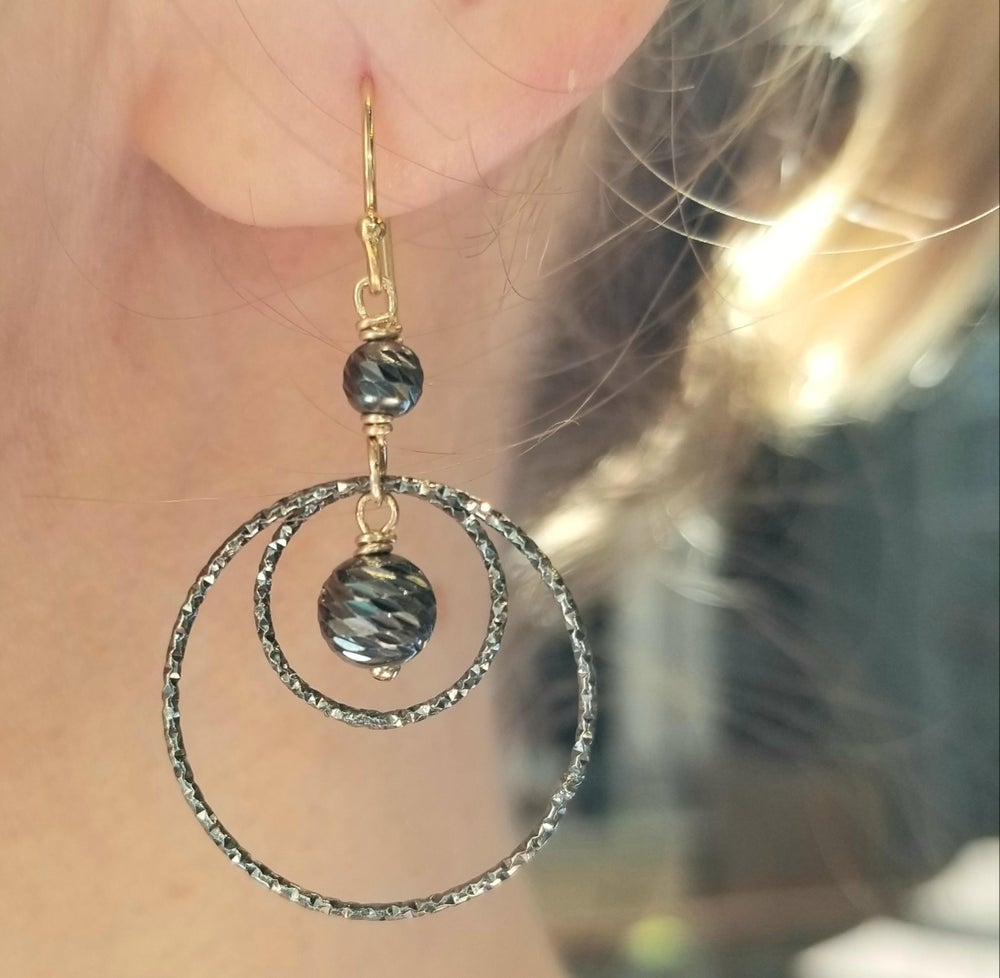 Image of Mixed-metal Sparkly Nesting Circle Earrings