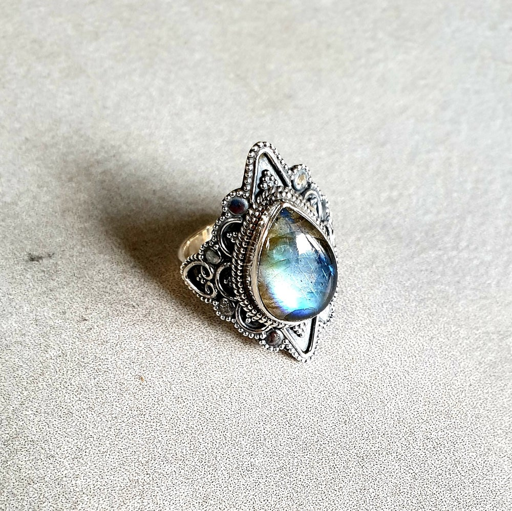 Image of LABRADORITE 'Mystic' Sterling Silver Ring - Size 7.5