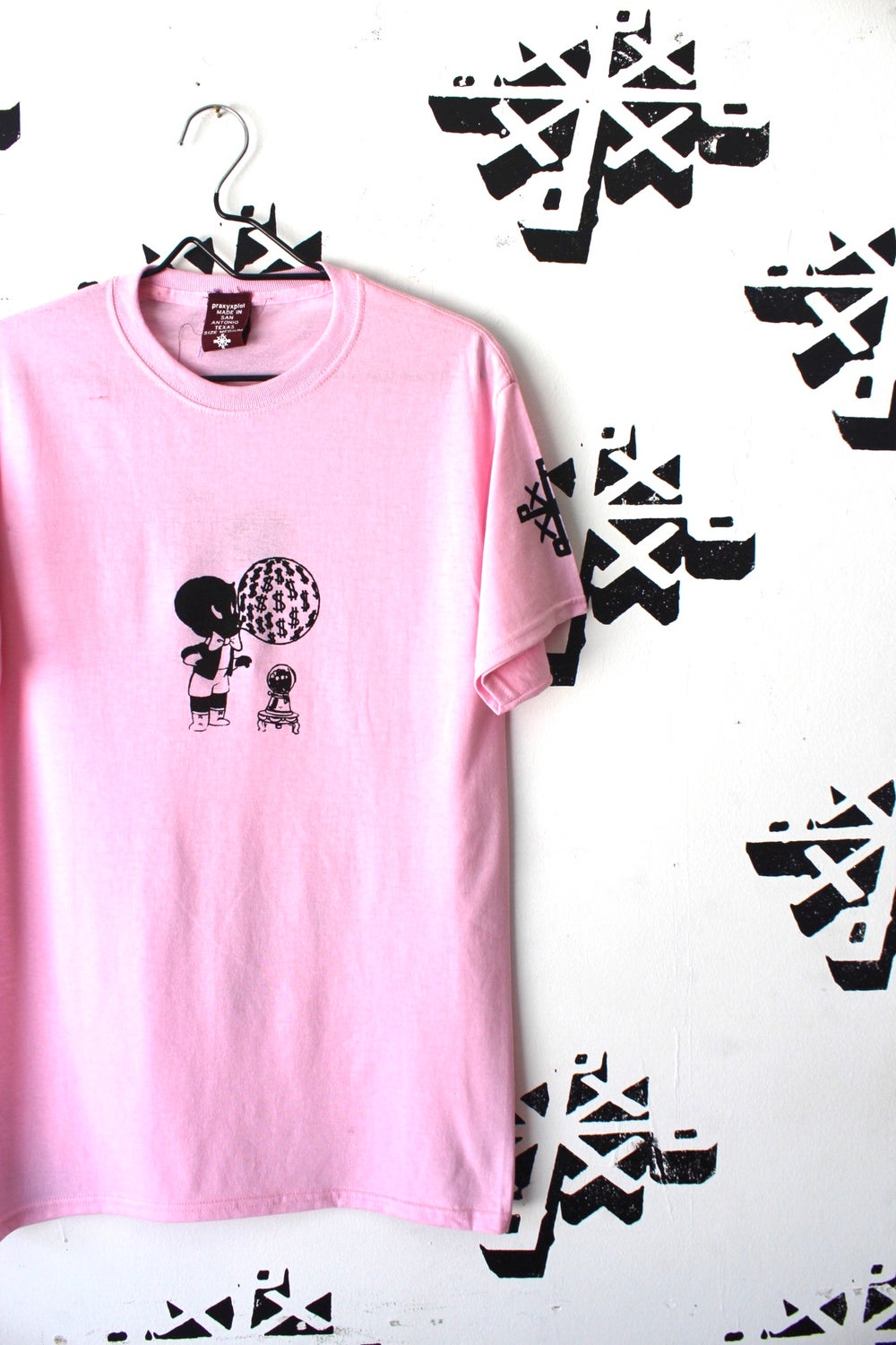 blow up tee in pink