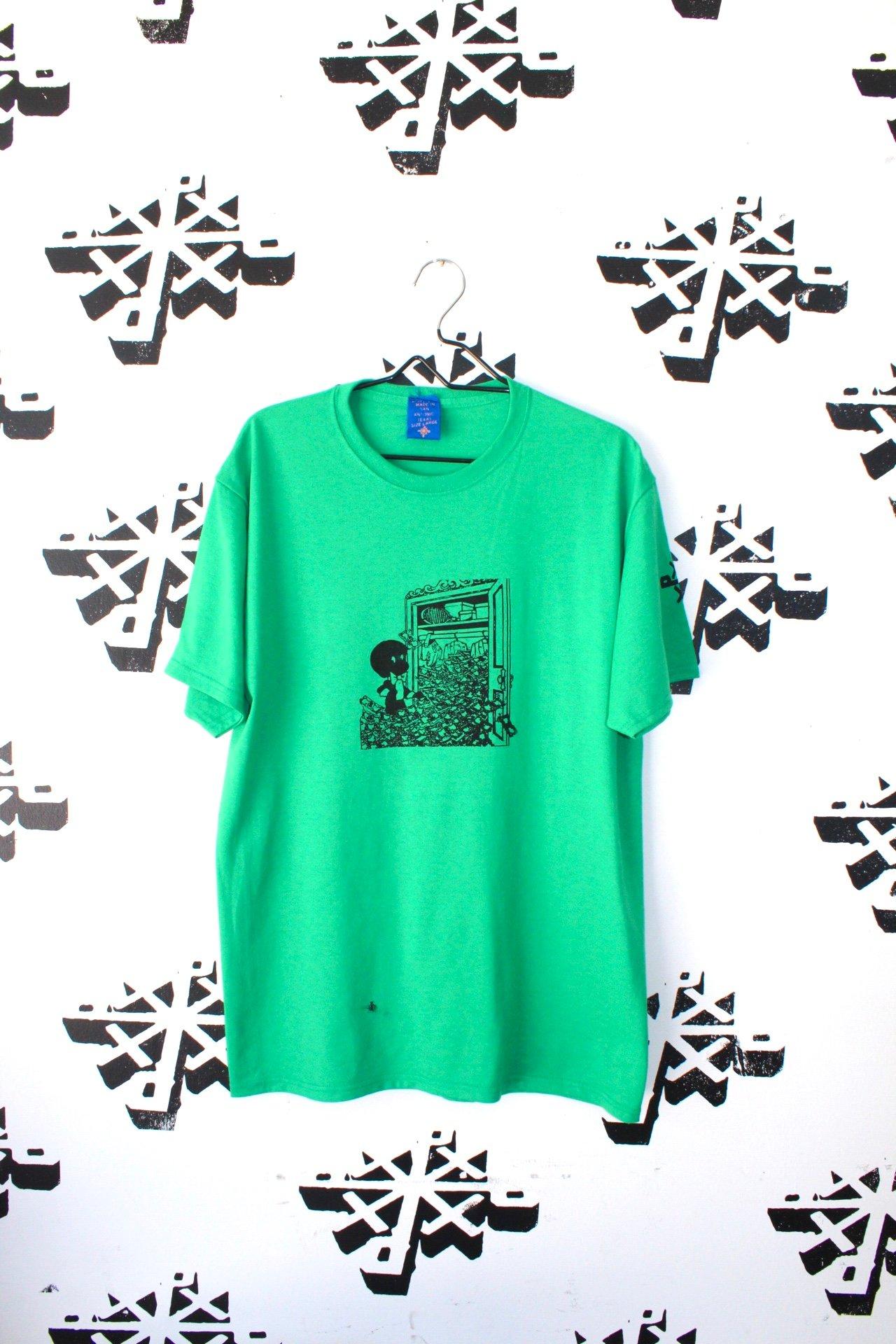 Image of stash it tee in green