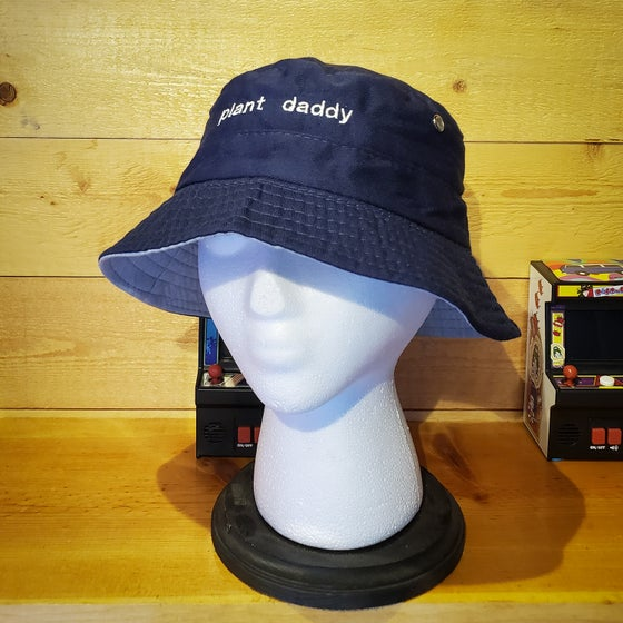 Image of plant daddy/mami bucket hat!