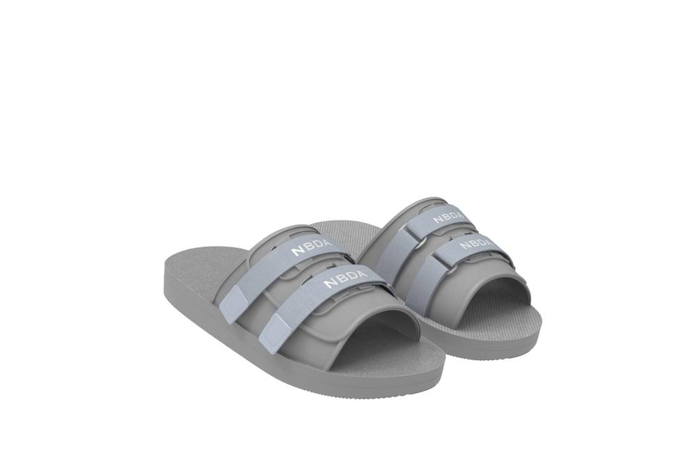 Image of Technical Slides - Glacier Grey